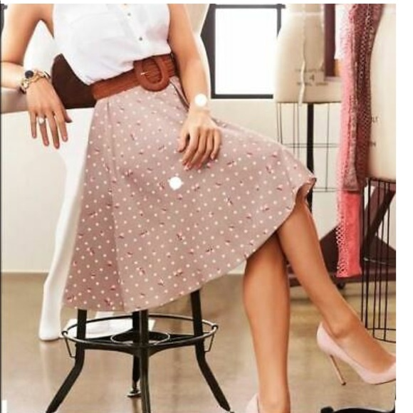 eva mendes for New York & Company Dresses & Skirts - Eva Mendes beige coral full skater skirt